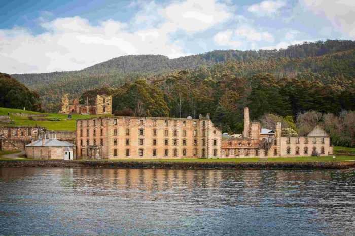 8 Days Pristine Tasmania Holiday Tour